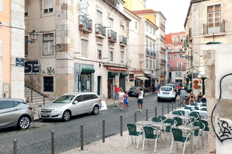 Lisbon City Guide: A Hot Tour from a local storyteller
